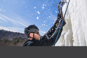 Ice Climbing Intermediate Tour Thumbnail